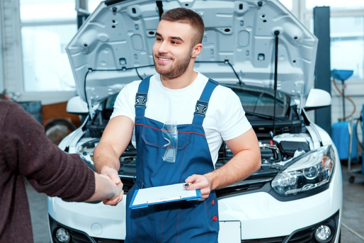 Auto Uniforms Services Make Body Shops Dealerships Successful